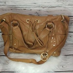 Michael Kors leather tan shoulder handbag